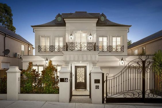 Các mẫu nhà biệt thự đẹp theo phong cách tân cổ điển sang trọng, đẳng cấp